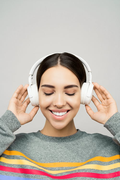 3 Best Wireless Headphones Under 500 In India 2021